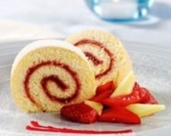 buche-roulee-coulis-fruits-rouges