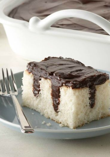 poke-cake-chocolat-simple